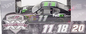 Denny Hamlin #11 1/64th 2011 Lionel FedEx Ground Pit Stop