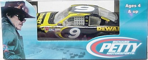 Marcos Ambrose #9 1/64th 2012 Lionel Stanley Fusion