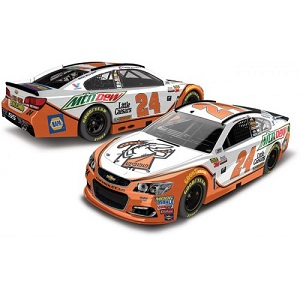 Chase Elliott  #24 1/64th 2017 Lionel Mountain Dew Little Caesar's Chevy SS