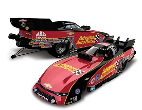 Courtney Force 1/64th 2017 Lionel Advance Auto Parts Camaro Funny Car