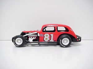 Lee Osborne #81 1/24TH scale Custom built coupe modified