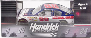 Dale Earnhardt Jr #88 1/64th 2011 Lionel National Guard