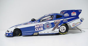 Robert Hight 1/24th 2011 Lionel AAA Mustang Funny Car