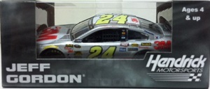 Jeff Gordon #24 1/64th 2015 Lionel 3M Chevy SS