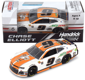 Chase Elliott  #9 1/64th 2018 Lionel Mountain Dew Little Caesars Camaro