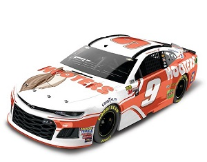 Chase Elliott #9 1/24th 2018 Lionel Hooters Camaro
