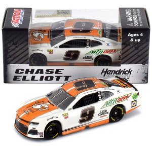 Chase Elliott  #9 1/64th 2019 Lionel Little Caesar's Camaro
