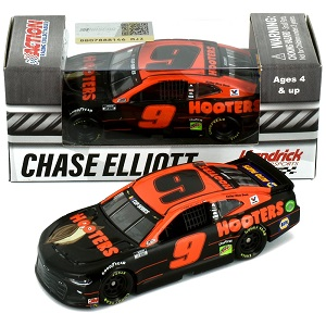 Chase Elliott  #9 1/64th 2020 Lionel Hooters Camaro