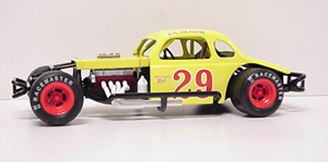 Gil Hearne #29 1/25th 2008 Nutmeg modified coupe