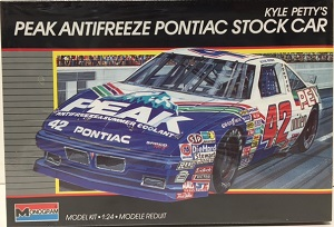 Kyle Petty #421989 Peak Antifreeze Pontiac /24th plastic model kit