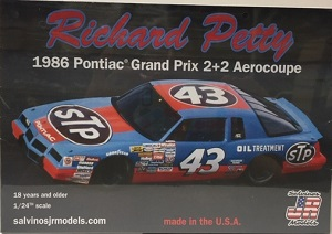 Richard Petty #43 1/25th 1986 STP Pontiac Grand Prix 2+2 Aerocoupe plastic model kit