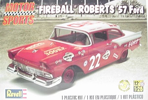 Fireball Roberts #22 1957 Ford 1/25th Revell plastic model kit